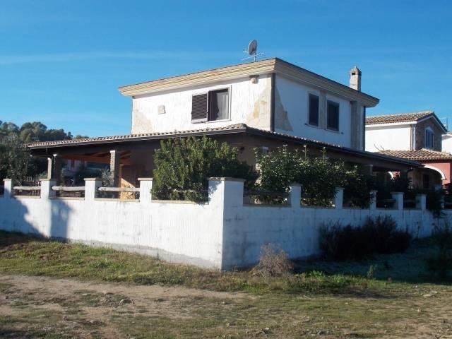 Villa in vendita a Castiadas, 6 locali, prezzo € 250.000   CambioCasa.it
