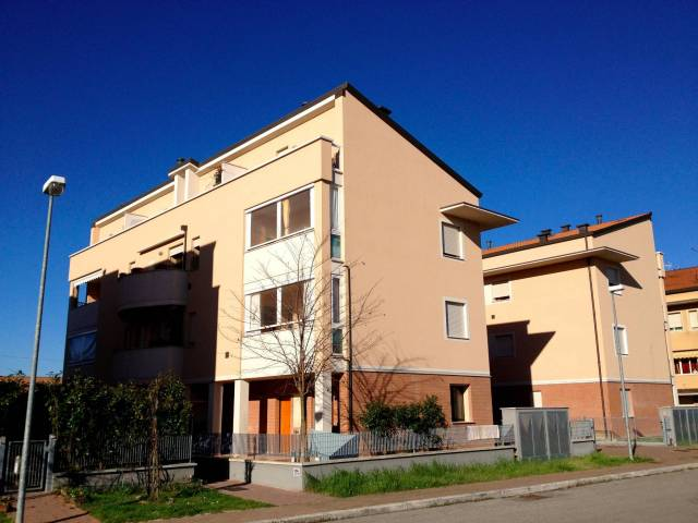 Appartamento in vendita a Cesenatico, 3 locali, prezzo € 225.000 | CambioCasa.it