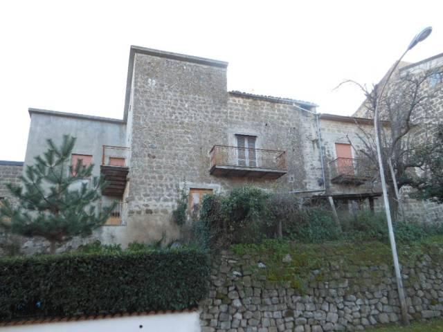 Soluzione Indipendente in vendita a Marzano Appio, 6 locali, prezzo € 65.000   CambioCasa.it