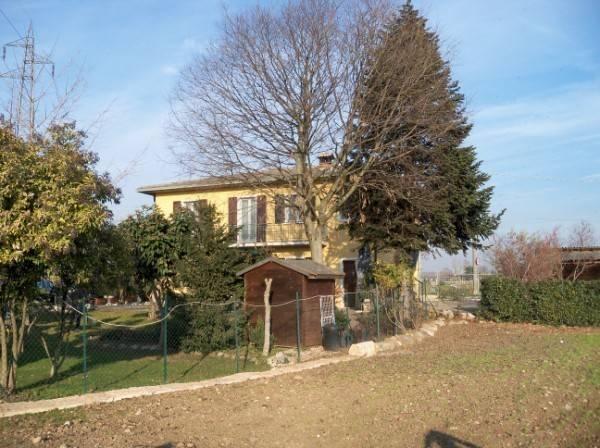 Rustico / Casale in vendita a Lonato, 6 locali, Trattative riservate | CambioCasa.it
