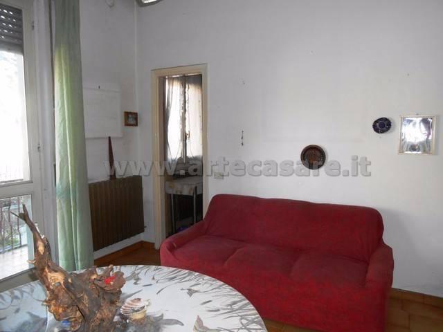 Appartamento in vendita a Canegrate, 4 locali, prezzo € 160.000   CambioCasa.it