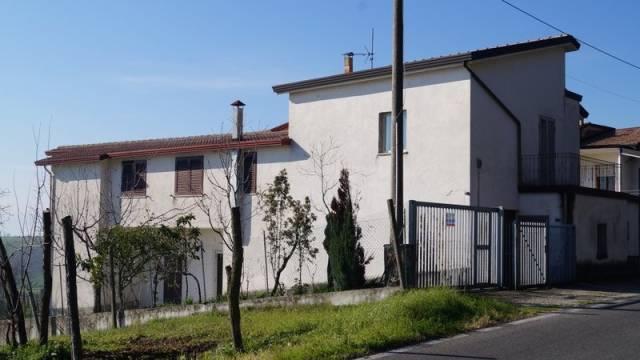 Villa in vendita a Gioia Sannitica, 6 locali, prezzo € 125.000 | CambioCasa.it