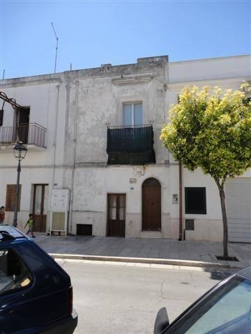 Appartamento in vendita a Montemesola, 4 locali, prezzo € 80.000 | CambioCasa.it