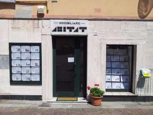 Negozio / Locale in vendita a Vado Ligure, 1 locali, prezzo € 115.000 | CambioCasa.it