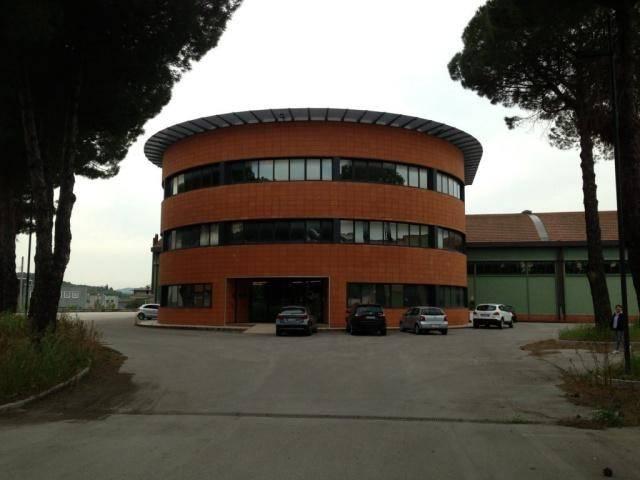 Capannone in vendita a Perugia, 3 locali, prezzo € 7.500.000   CambioCasa.it