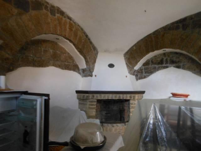 Soluzione Indipendente in vendita a Marzano Appio, 6 locali, prezzo € 90.000   CambioCasa.it