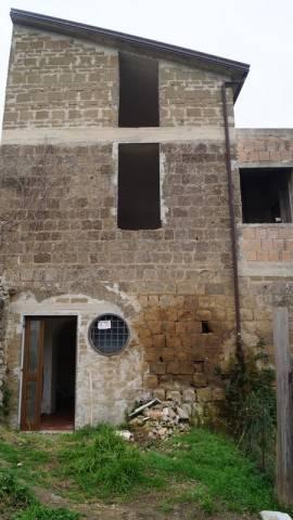 Soluzione Indipendente in vendita a Piana di Monte Verna, 3 locali, prezzo € 48.000 | CambioCasa.it