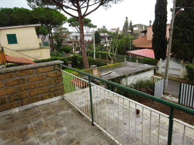 Villa in vendita a Santa Marinella, 5 locali, prezzo € 319.000 | CambioCasa.it