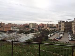 Appartamento in affitto a Vallecrosia, 6 locali, prezzo € 1.200 | CambioCasa.it