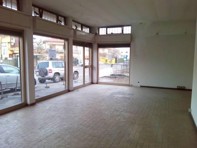 Soluzione Indipendente in vendita a Varese, 6 locali, prezzo € 490.000 | CambioCasa.it