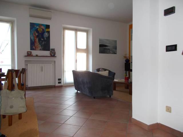 Soluzione Indipendente in vendita a Broni, 5 locali, prezzo € 140.000 | CambioCasa.it