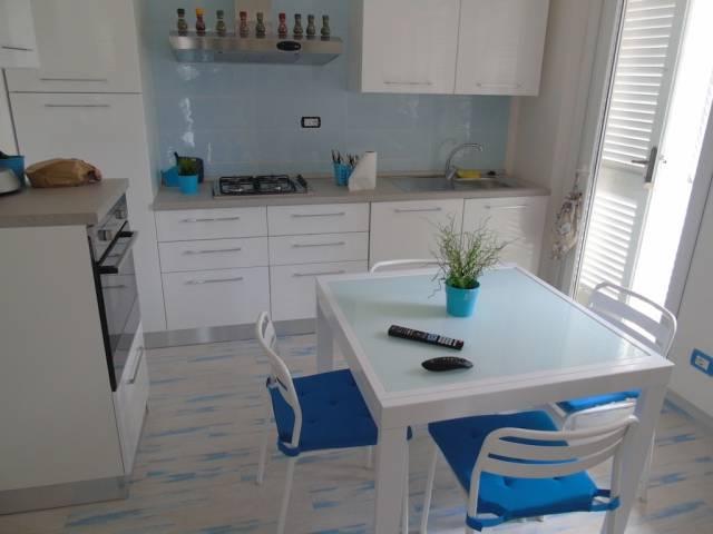 Villa in vendita a Montignoso, 9999 locali, prezzo € 369.000 | CambioCasa.it