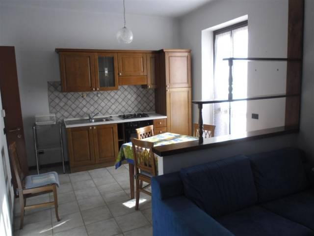 Appartamento in vendita a Nizza Monferrato, 2 locali, prezzo € 100.000 | CambioCasa.it