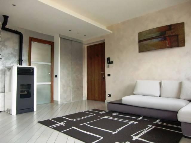 Appartamento in vendita a Asso, 4 locali, prezzo € 179.000 | CambioCasa.it