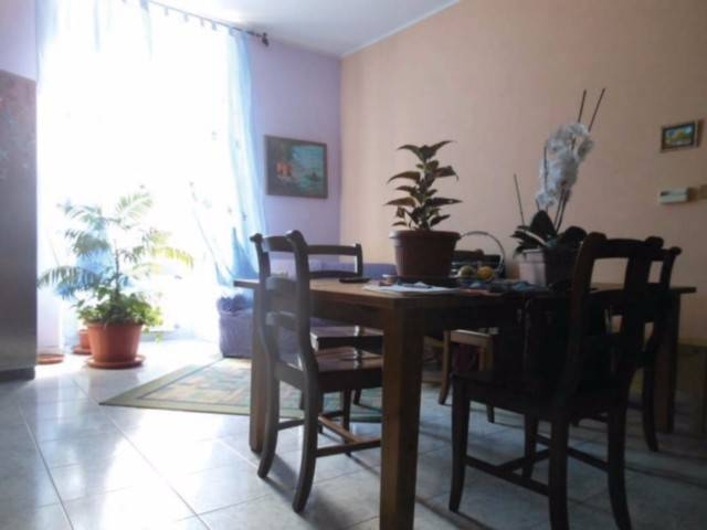 Appartamento in vendita a Pianezza, 4 locali, prezzo € 45.000 | CambioCasa.it
