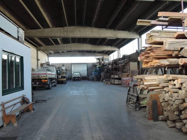 Capannone in vendita a Capriano del Colle, 2 locali, prezzo € 550.000 | CambioCasa.it