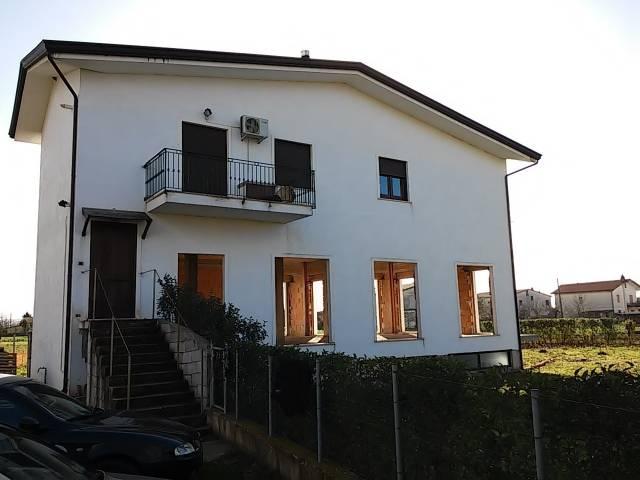 Appartamento in vendita a Alife, 6 locali, prezzo € 105.000 | CambioCasa.it