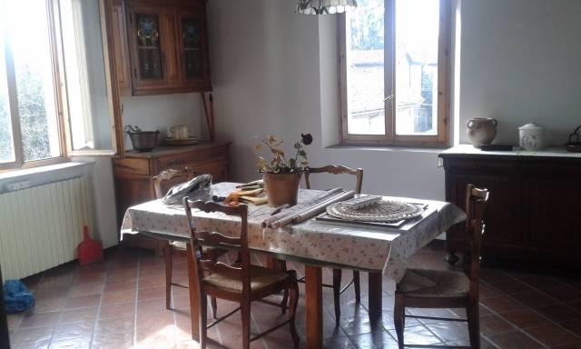 Appartamento in vendita a Castelvetro di Modena, 4 locali, prezzo € 185.000 | CambioCasa.it