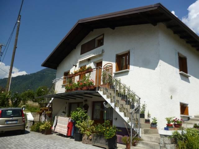 Villa in vendita a Sonico, 5 locali, prezzo € 220.000 | CambioCasa.it
