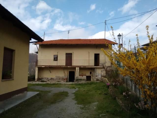 Rustico / Casale in vendita a Cervasca, 6 locali, prezzo € 140.000 | CambioCasa.it