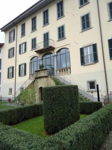 Appartamento in vendita a Barzago, 3 locali, prezzo € 241.000 | CambioCasa.it