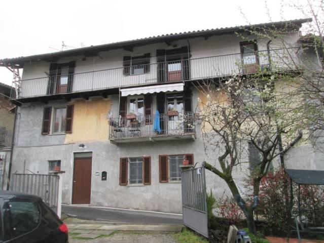 Villa in vendita a Zumaglia, 5 locali, prezzo € 70.000   CambioCasa.it