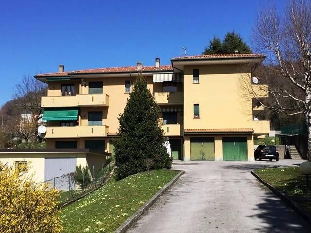 Appartamento in vendita a Valbrona, 2 locali, prezzo € 70.000 | CambioCasa.it