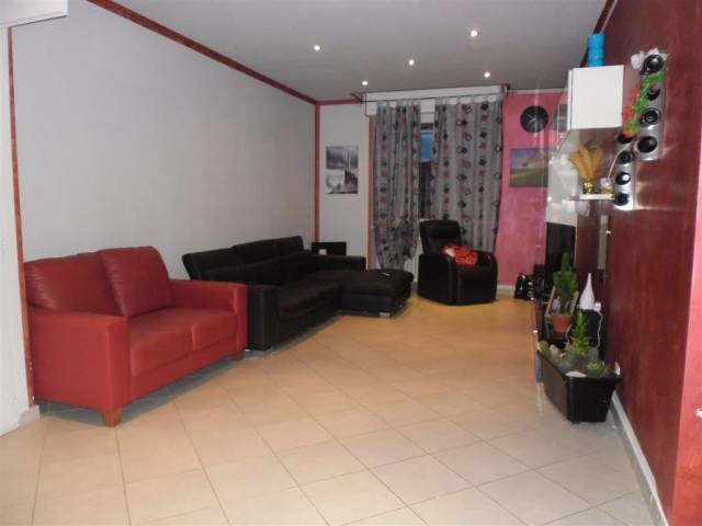 Appartamento in vendita a Incisa Scapaccino, 3 locali, prezzo € 100.000 | CambioCasa.it