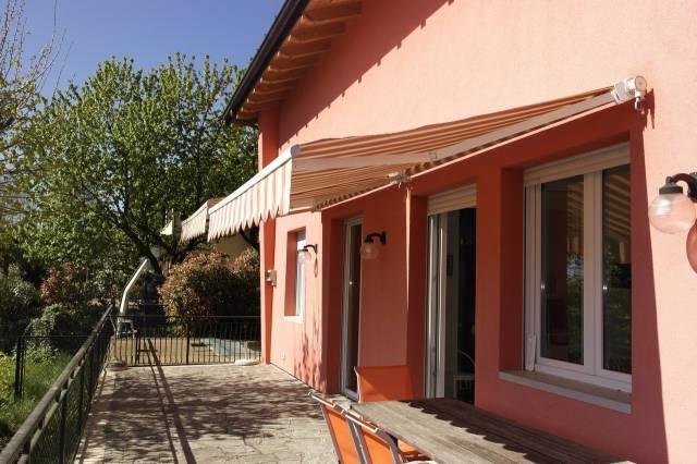 Villa in vendita a Bregano, 4 locali, prezzo € 265.000 | CambioCasa.it