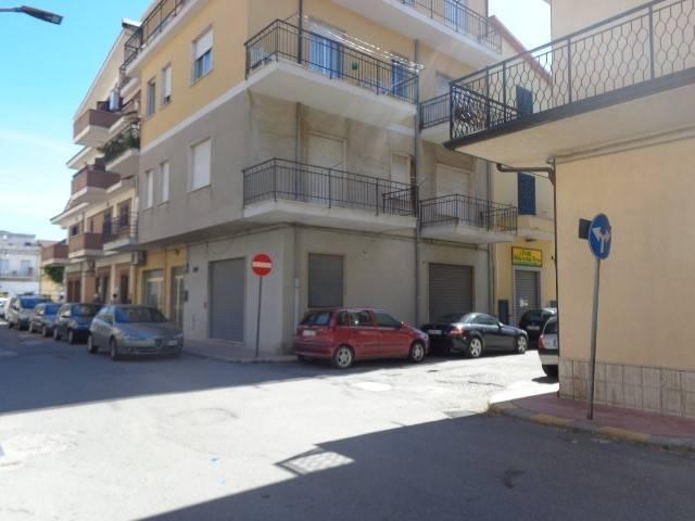 Magazzino in vendita a Marina di Gioiosa Ionica, 1 locali, Trattative riservate | CambioCasa.it