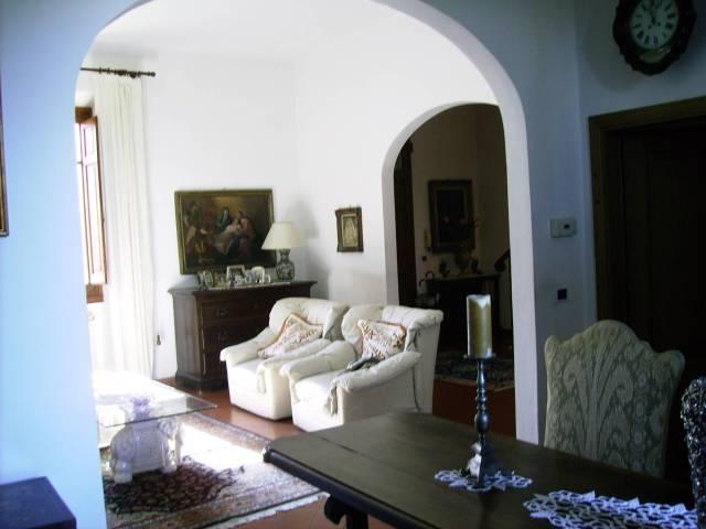 Soluzione Indipendente in vendita a San Casciano in Val di Pesa, 6 locali, prezzo € 380.000 | CambioCasa.it
