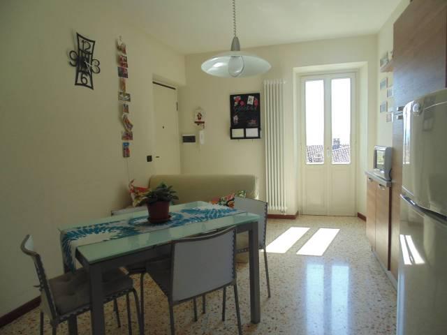 Attico / Mansarda in affitto a Castagnole delle Lanze, 3 locali, prezzo € 430 | CambioCasa.it