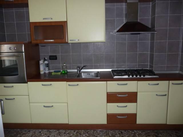 Appartamento in affitto a Rapallo, 2 locali, prezzo € 550 | CambioCasa.it