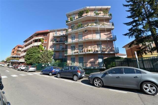 Appartamento in vendita a Saronno, 2 locali, prezzo € 108.000 | CambioCasa.it