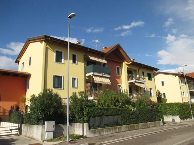 Appartamento in vendita a Castelnuovo del Garda, 4 locali, prezzo € 170.000 | CambioCasa.it