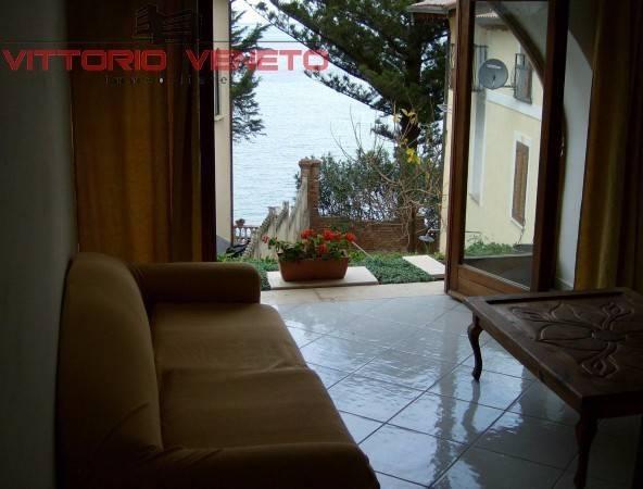 Appartamento in vendita a Agropoli, 6 locali, prezzo € 298.000 | CambioCasa.it