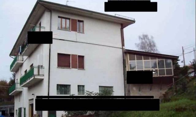 Palazzo / Stabile in vendita a Castelnuovo Nigra, 6 locali, prezzo € 43.000 | CambioCasa.it