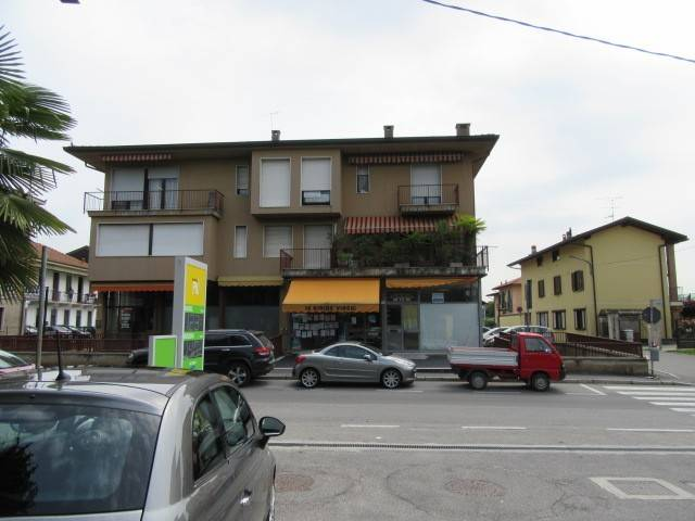 Negozio / Locale in vendita a Vergiate, 9999 locali, prezzo € 85.000 | CambioCasa.it