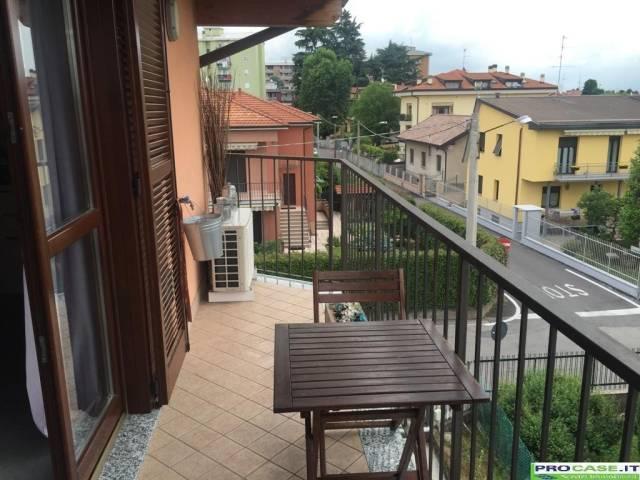 Attico / Mansarda in vendita a Gerenzano, 3 locali, prezzo € 135.000 | CambioCasa.it