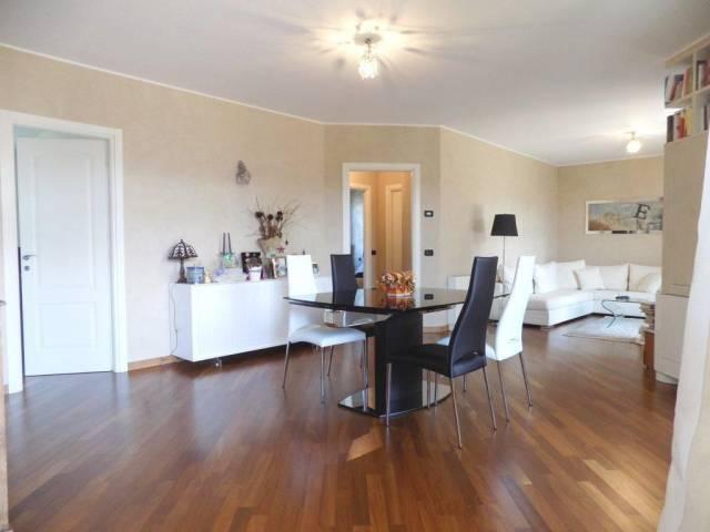 Appartamento in vendita a Bellusco, 4 locali, prezzo € 378.000   CambioCasa.it