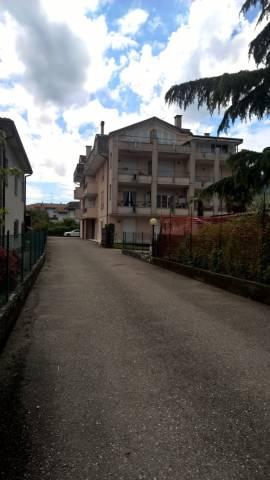 Appartamento in vendita a Porto Ceresio, 3 locali, prezzo € 139.000 | CambioCasa.it