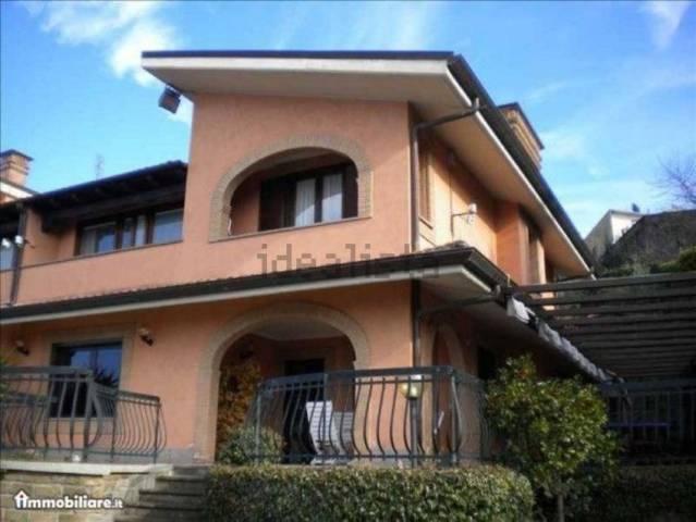 Villa in affitto a Rocca di Papa, 6 locali, prezzo € 2.200 | CambioCasa.it