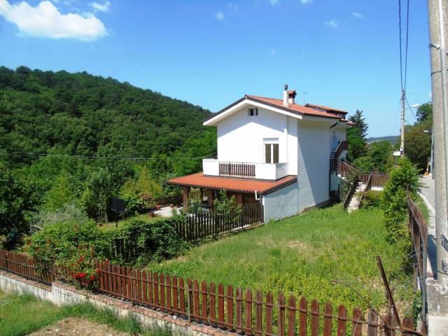 Appartamento in vendita a Trieste, 4 locali, prezzo € 230.000 | CambioCasa.it