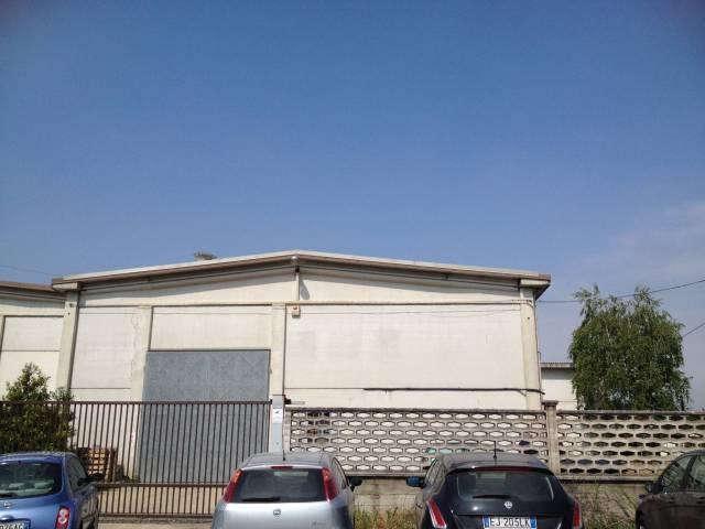 Capannone in vendita a Cambiano, 3 locali, prezzo € 170.000 | CambioCasa.it