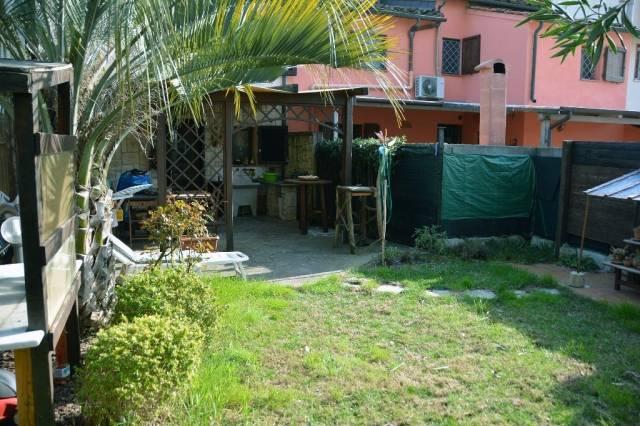 Soluzione Indipendente in vendita a Pontedera, 9999 locali, prezzo € 153.000 | CambioCasa.it