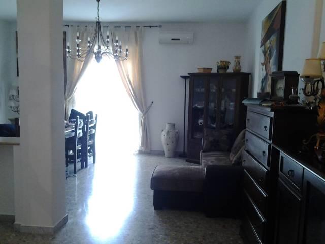 Appartamento in vendita a Giarre, 4 locali, prezzo € 110.000 | CambioCasa.it