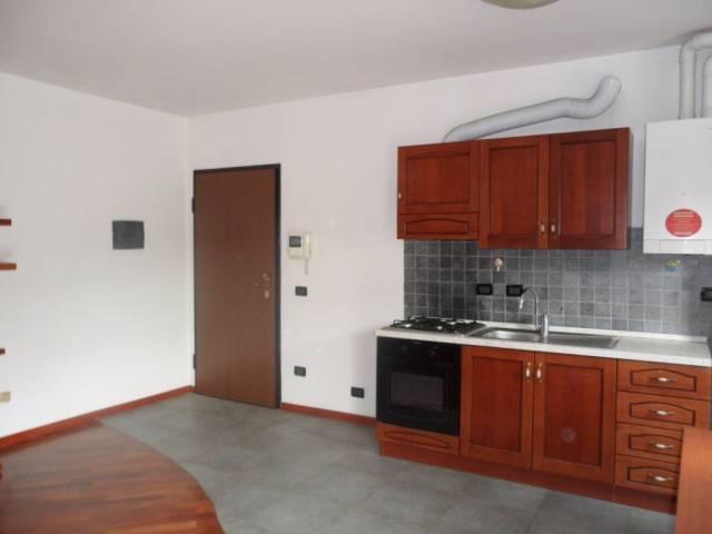 Appartamento in vendita a Mariano Comense, 2 locali, prezzo € 115.000 | CambioCasa.it