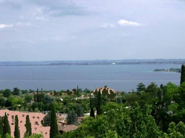 Rustico / Casale in vendita a Padenghe sul Garda, 6 locali, Trattative riservate | CambioCasa.it