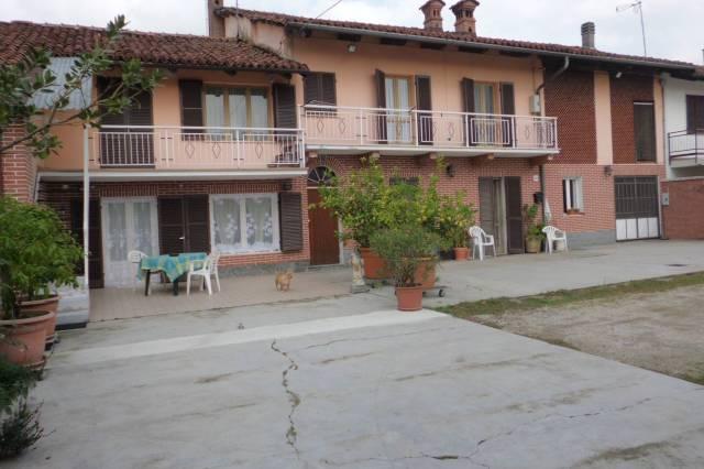 Rustico / Casale in vendita a Cervere, 6 locali, prezzo € 140.000 | CambioCasa.it