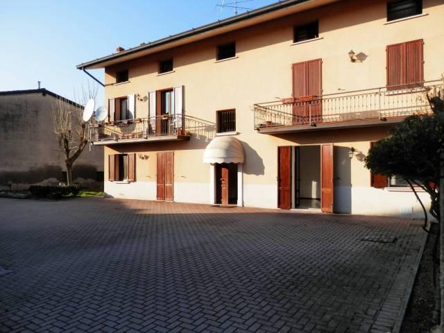 Appartamento in affitto a Travagliato, 3 locali, prezzo € 430   CambioCasa.it
